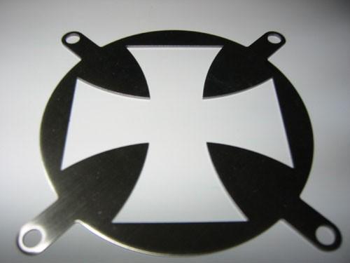 Lüftergitter Laser Cut Iron Cross 80x80mm